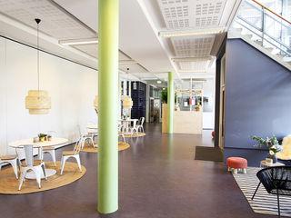 Hoofdgebouw basisschool Het Spectrum Delfgauw Nya Interieurontwerp Moderne scholen