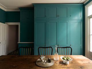 The Upminster Kitchen by deVOL deVOL Kitchens Кухня Синій