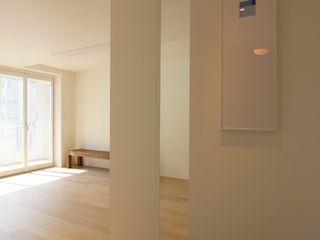 minimalhouse Salas multimedia de estilo minimalista