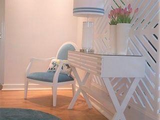 Divisória que marca! Espaços Únicos - EU InteriorDecor Sala de estarTV e mobiliário