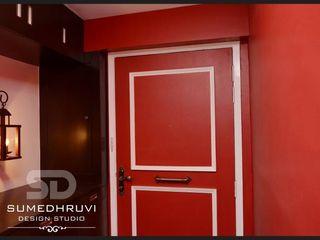 SUMEDHRUVI DESIGN STUDIO Koridor & Tangga Klasik