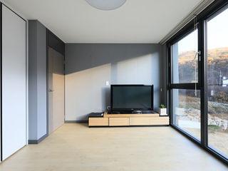 공감로하 건축사사무소 Modern Living Room