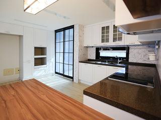 일곱기둥 인테리어 Moderne Küchen