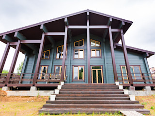 GOOD WOOD Klassische Häuser