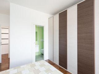 Grippo + Murzi Architetti Dormitorios modernos: Ideas, imágenes y decoración