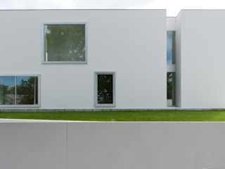 A.As, Arquitectos Associados, Lda Rumah Modern