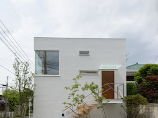 H2O設計室 ( H2O Architectural design office ) Rumah Modern Kayu White