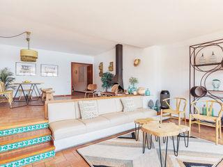 Living area Markham Stagers Akdeniz Oturma Odası
