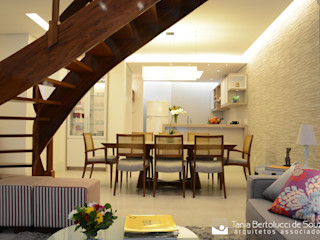 Residência ABP Tania Bertolucci de Souza   Arquitetos Associados Salas de jantar modernas