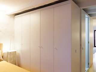 Caldeireiros Houses Clínica de Arquitectura Minimalist Yatak Odası Ahşap Beyaz