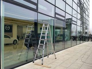 Concesionario Mazda Cristaleria Cidacos Puertas y ventanas de estilo clásico