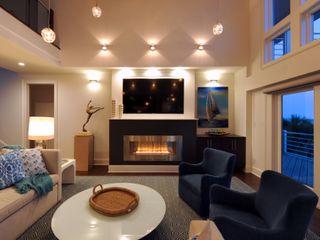 Olamar Interiors, LLC Ruang Keluarga Modern White