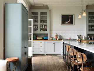 The Frome Kitchen by deVOL deVOL Kitchens Кухня