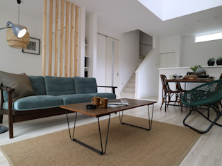 コト Living roomStools & chairs Wood Wood effect