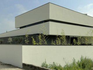 arquitetura.501 Modern Houses Slate White