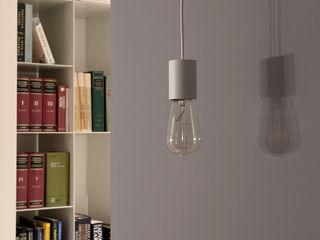 Casa AP Studio Ecoarch Ingresso, Corridoio & Scale in stile moderno