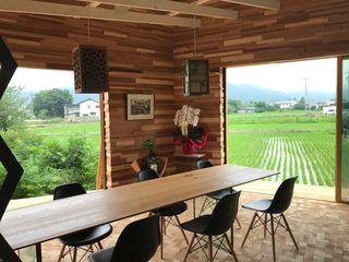 株式会社山崎屋木工製作所 Curationer事業部 Multimedia roomFurniture Wood Multicolored