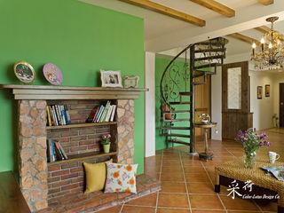 雙溪山居-鄉村風格 Color-Lotus Design 客廳書櫃 磁磚 Green