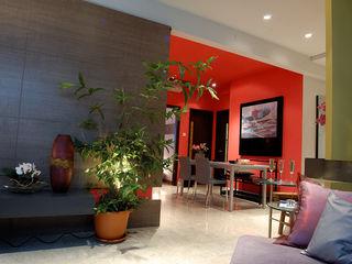 Spring, Singapore E&U Corridor, hallway & stairsAccessories & decoration Kayu Multicolored