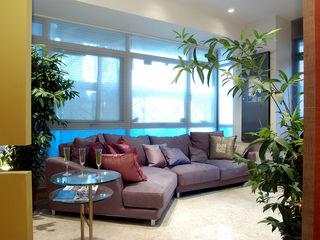 Spring, Singapore E&U Windows & doors Windows Kaca Grey
