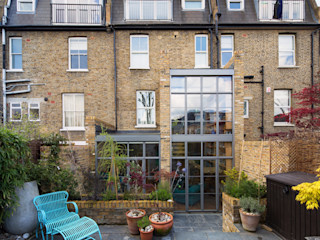 Double height crittall style extension HollandGreen 에클레틱 주택