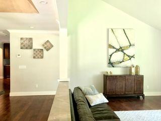 Erika Winters Design 现代客厅設計點子、靈感 & 圖片