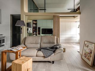齊禾設計有限公司 Minimalistische Wohnzimmer Holz-Kunststoff-Verbund Beige