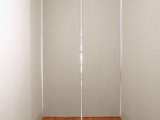 16VT_Ristrutturazione di un appartamento di pregio Chantal Forzatti architetto Ingresso, Corridoio & Scale in stile moderno MDF Bianco