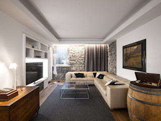 Chantal Forzatti architetto Modern living room Stone Multicolored