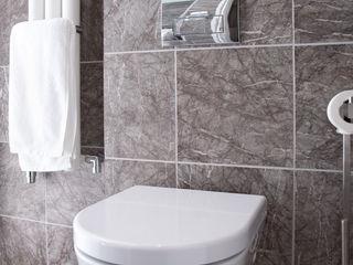 test1 Threesixty Services Ltd Modern bathroom