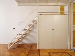 Chantal Forzatti architetto Modern Living Room White