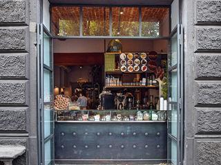 DAHLIA LAB_Progetto architettonico di un nuovo concept bar* Chantal Forzatti architetto Finestre & Porte in stile industriale