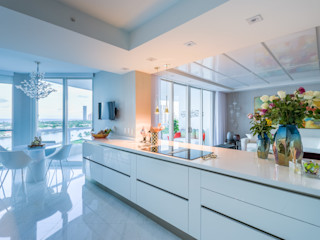 NIVEL TRES ARQUITECTURA Modern kitchen Quartz White