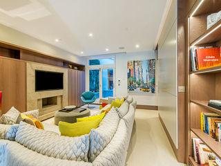 Maxmar Construction LTD Ruang Keluarga Modern