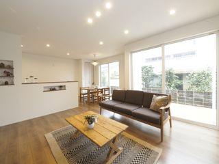 Live Sumai - アズ・コンストラクション - Living room Wood effect
