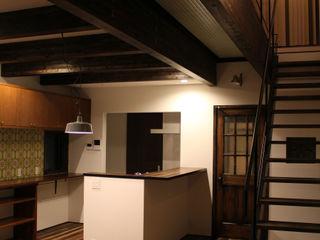 コト Living roomShelves Wood Wood effect