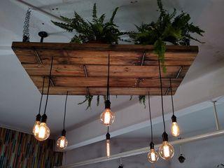 Iluminacion Estilo Industrial Vintage Deco Bar Lamparas Vintage Vieja Eddie LivingsIluminación Madera Acabado en madera