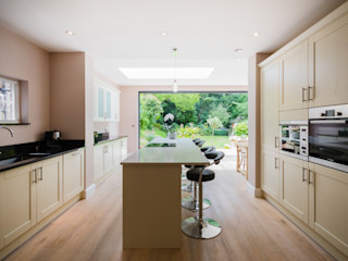 Extension, Wimbledon SW19 TOTUS Modern kitchen