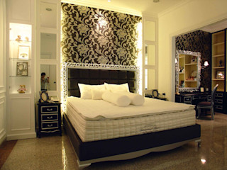 Mr Konggo master bedroom pakuwon indah Kottagaris interior design consultant Kamar Tidur Klasik