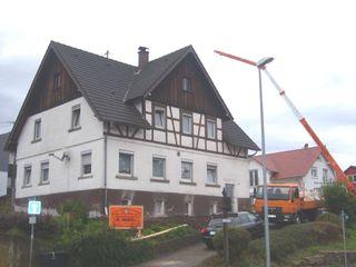Modernisierung und Umbau eines Zweifamilienwohnhauses TE a r c h i t e k t u r b ü r o grimm Moderne Häuser
