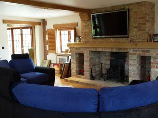 Beautiful living room Quatropi ltd 客廳沙發與扶手椅 絲綢 Black