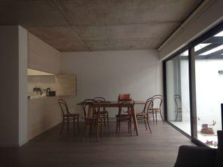 [ER+] Arquitectura y Construcción Спальня в стиле минимализм