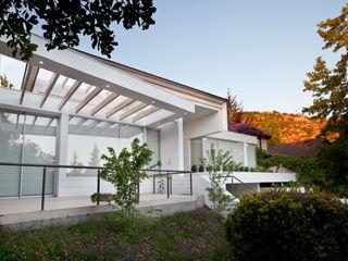 [ER+] Arquitectura y Construcción Дома на одну семью