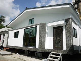 築地岩移動宅 Asian style houses