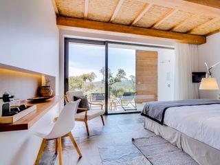 Ivo Santos Multimédia Country style bedroom