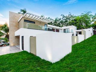 Constructora e Inmobiliaria Catarsis Casas unifamiliares Piedra Blanco