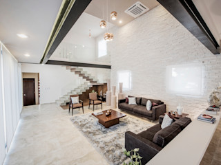 Constructora e Inmobiliaria Catarsis Salas modernas Piedra Blanco
