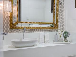 DM ARQUITETURA E ENGENHARIA Modern bathroom