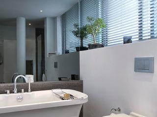 House Couture Interior Design Studio Kamar Mandi Gaya Eklektik