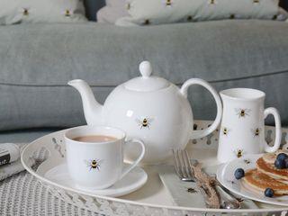 Sophie Allport Bees Collection Sophie Allport CucinaPosate, Stoviglie & Bicchieri Ceramica Bianco